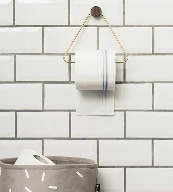 Splinterny Sådan indretter du med Ferm Living toiletrulleholder | Vinterfryd XZ48
